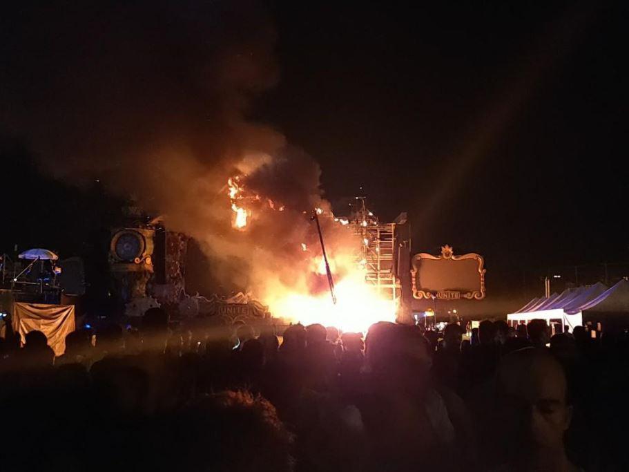 Пожар на фестивале в Барселоне
