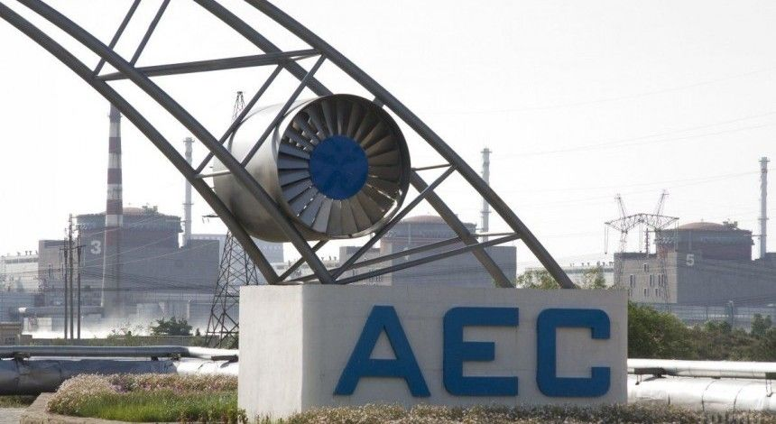 Запорожская АЭС отключила на ремонт второй энергоблок