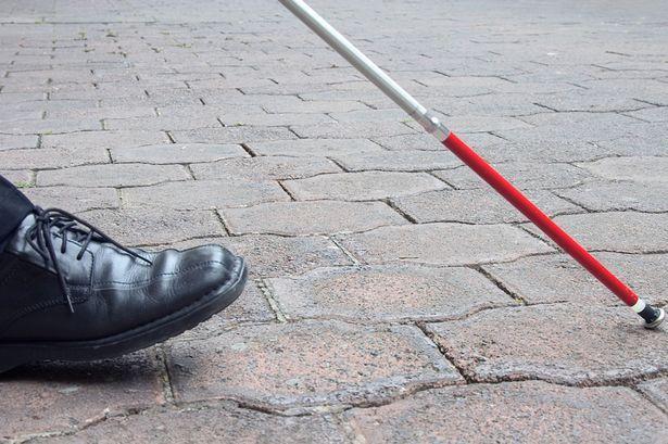 Врачи впервые смогли частично вернуть зрение слепому человеку / фото youngwriterscampuncg.com