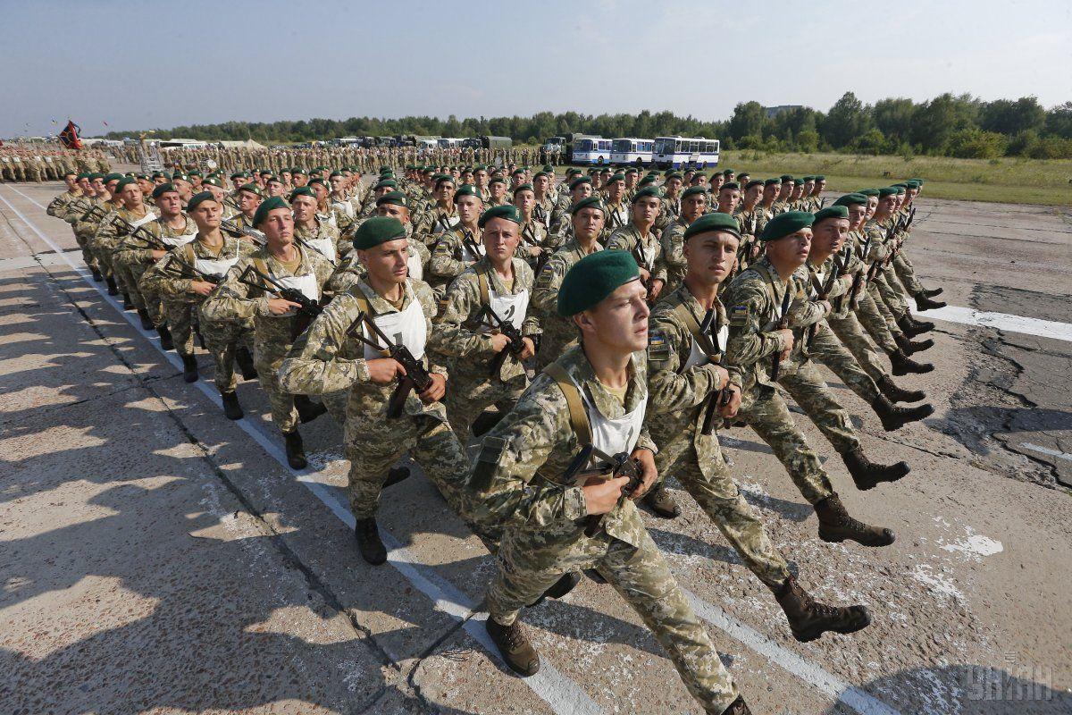 У Києві пройде військовий парад / фото УНІАН