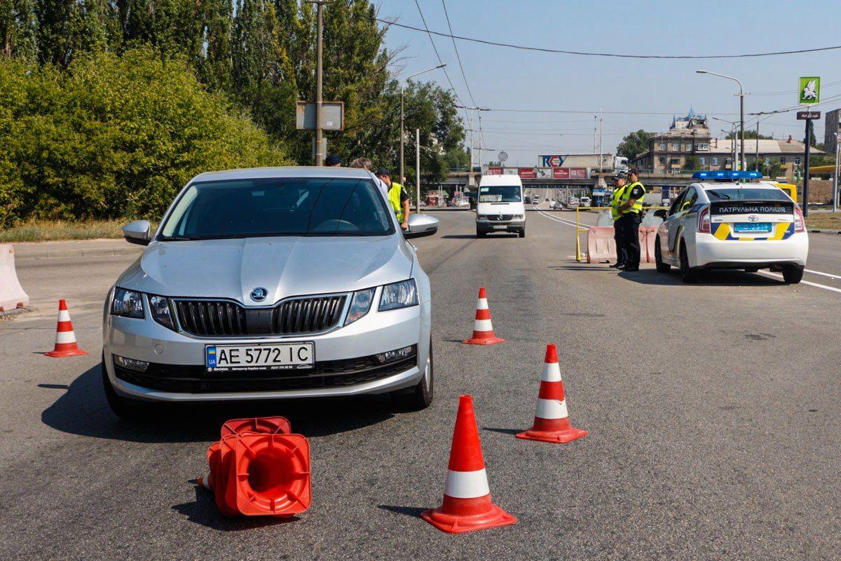 ДТП вДнепре: шофёр налегковушке наехал напатрульного