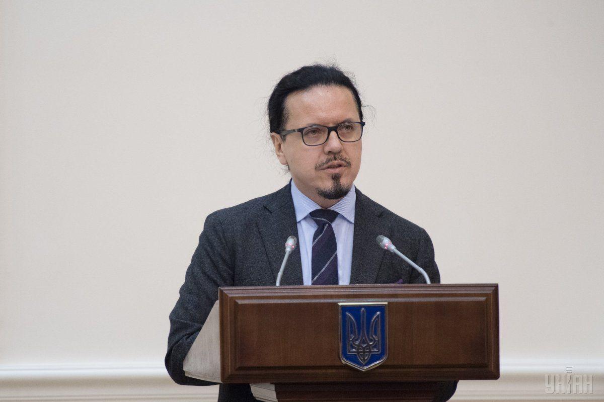 9 августа Кабмин уволил Балчуна с должности председателя