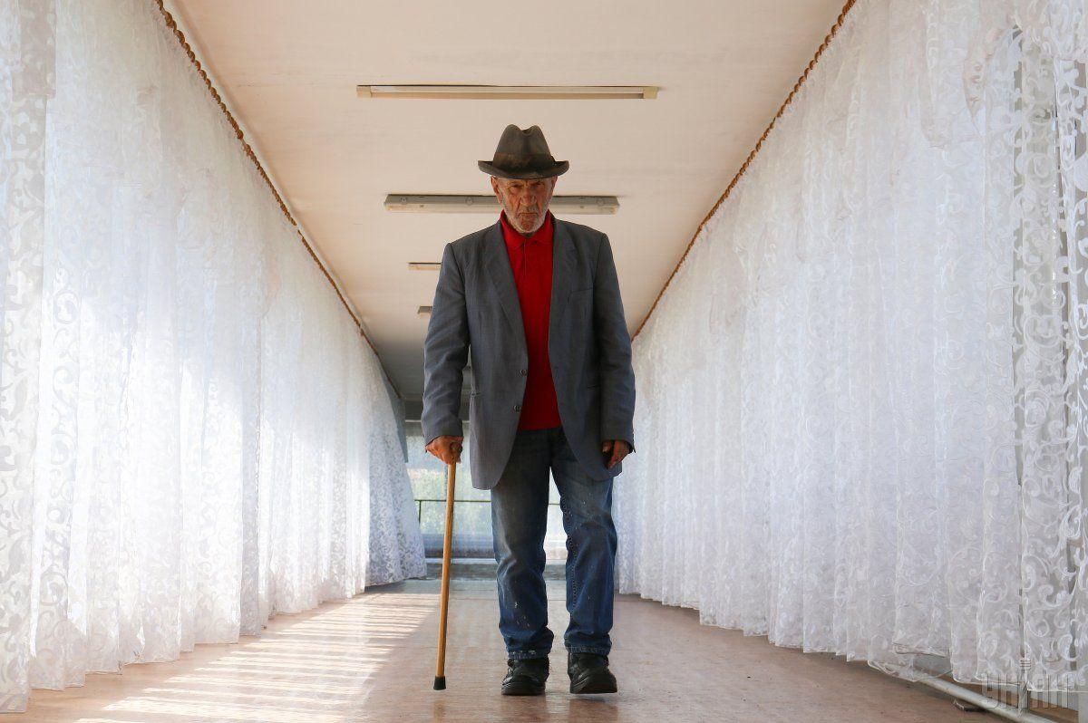 З 1 жовтня доплату до пенсії у розмірі 400 грн отримають пенсіонери віком від 75 до 80 років / фото УНІАН Володимир Гонтар