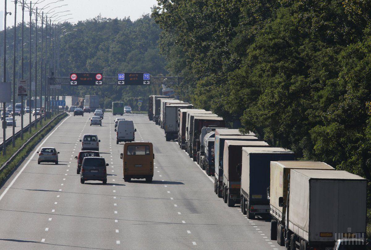 Водіям вантажівок можуть закрити в'їзд до Києва / фото УНИАН