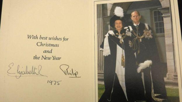 Рождественские открытки королевы ЕлизаветыII продали саукциона