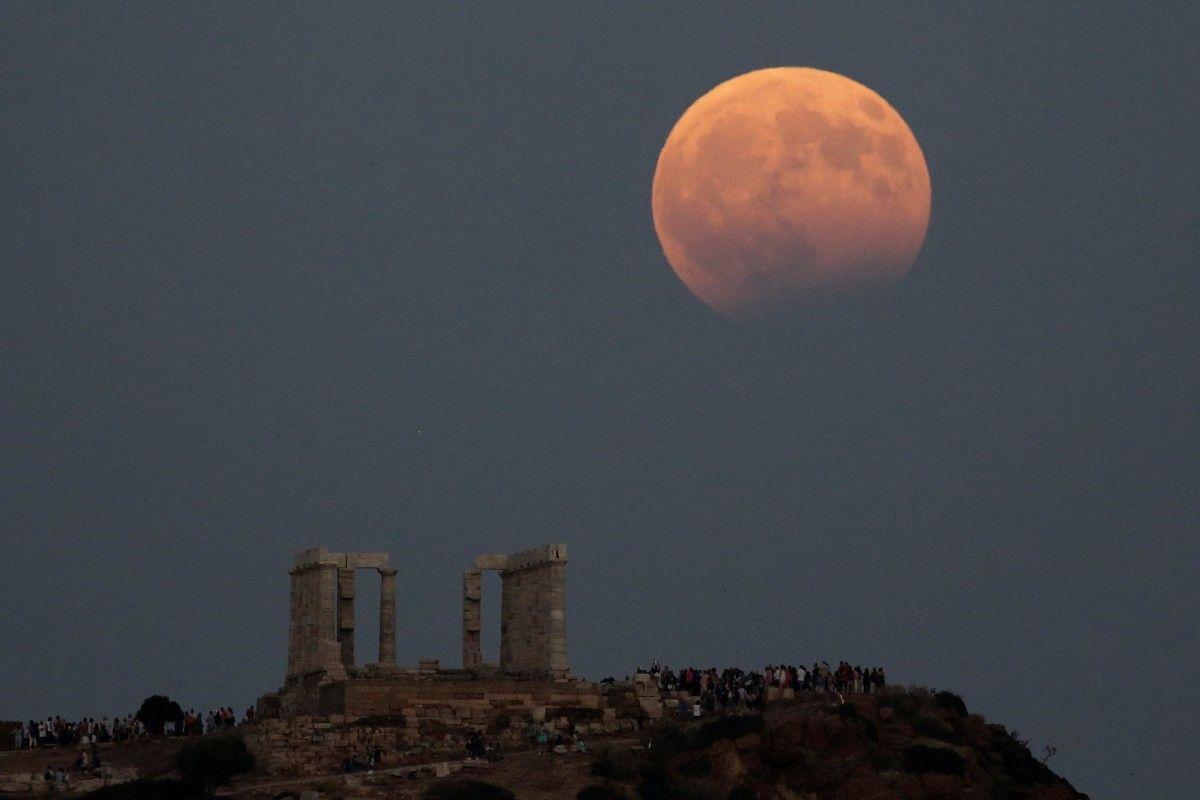 чем лунное затмение сегодня фото будь крепок здоров