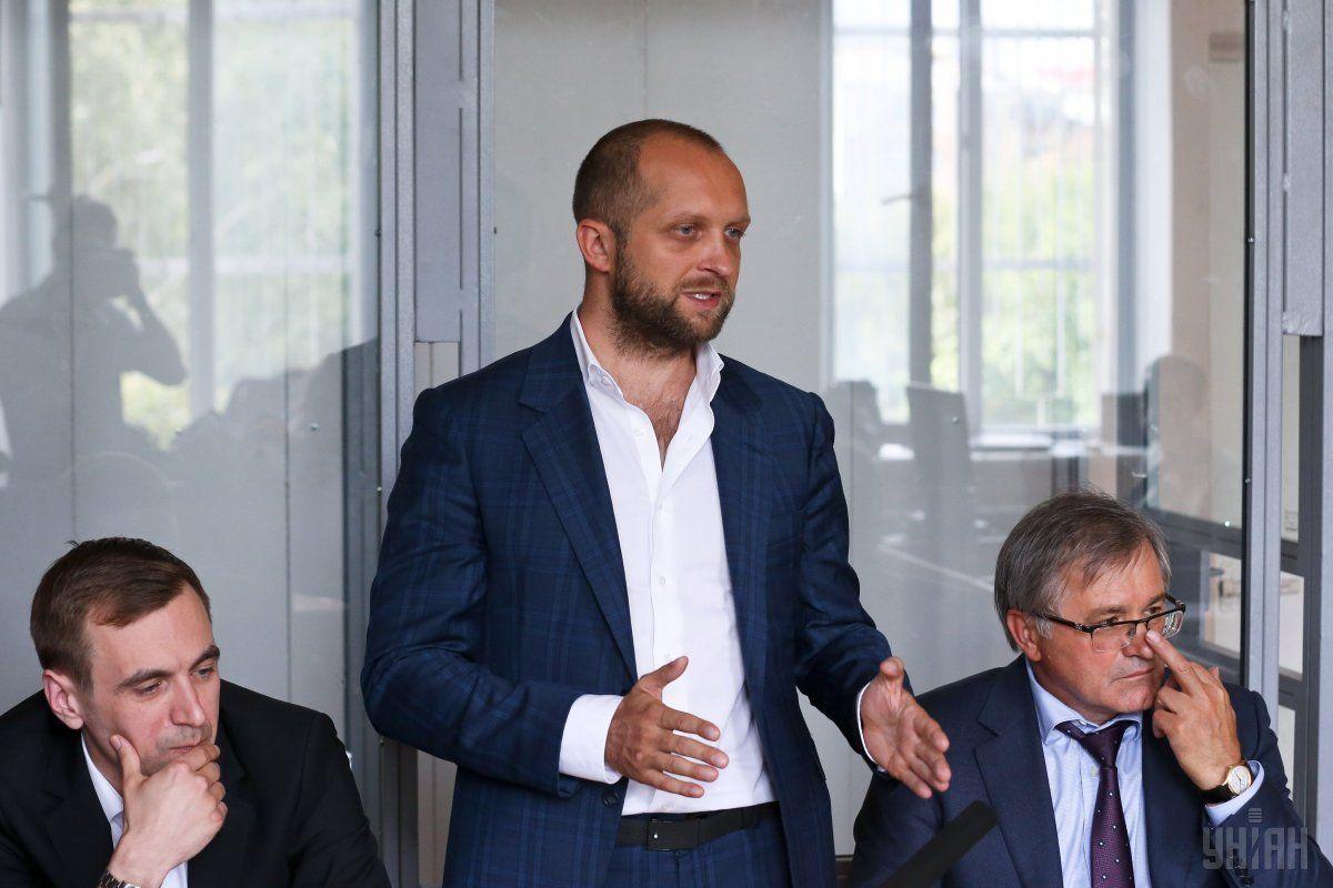 Поляков заявив, що заявив, що під час третьої спроби одягнути на нього браслет було порушено процедуру / фото УНІАН