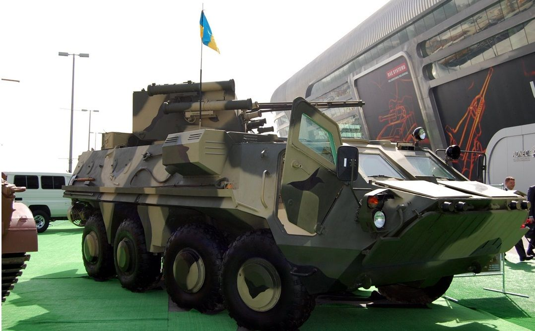 Вооруженные силы Индонезии получили  5 единиц БТР-4  / фото УНИАН