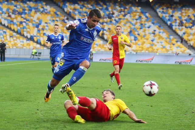 «Динамо» разгромило «Зирку» илидирует вчемпионате