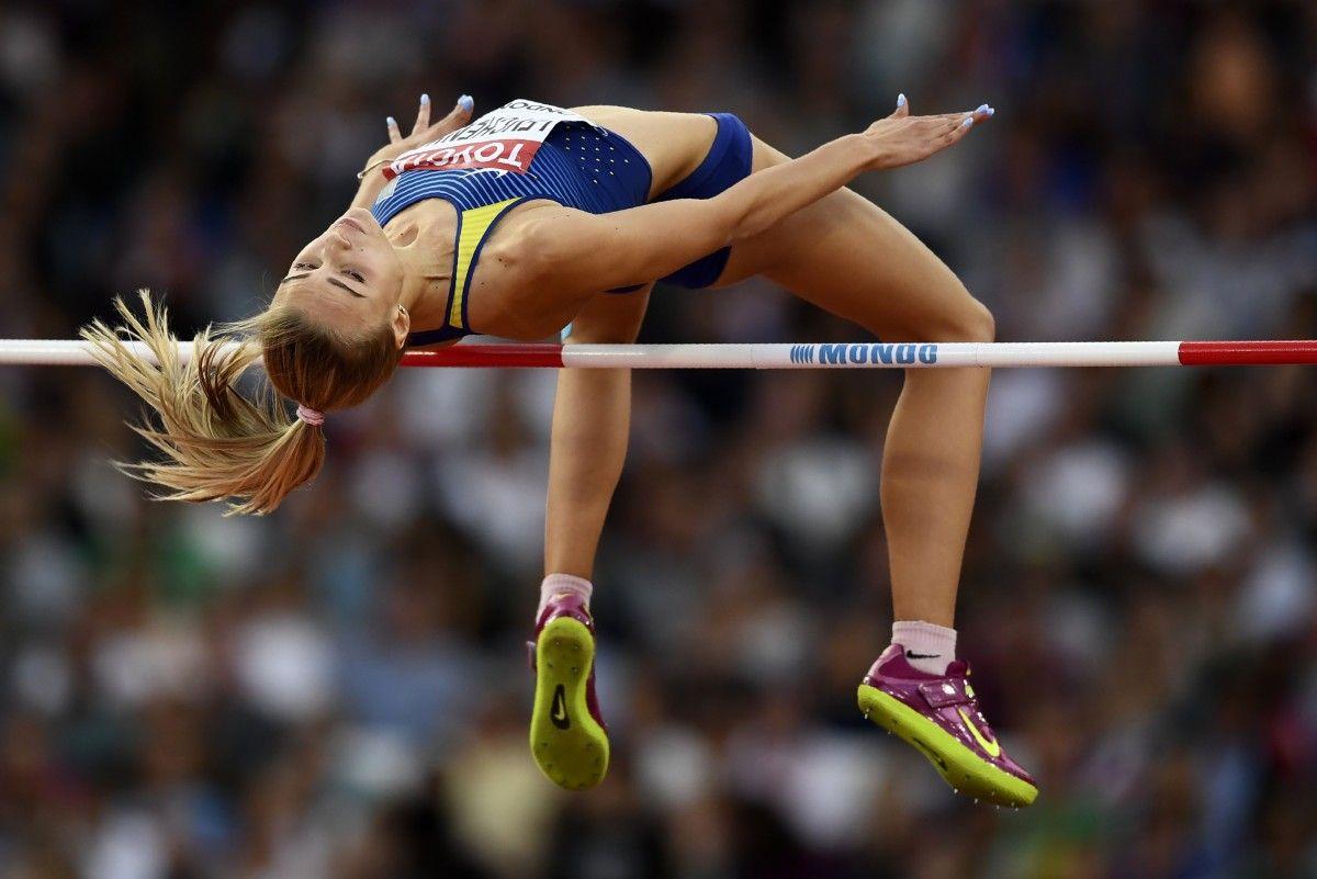 Юлия Левченко завоевала серебро ЧМ по легкой атлетике / Reuters