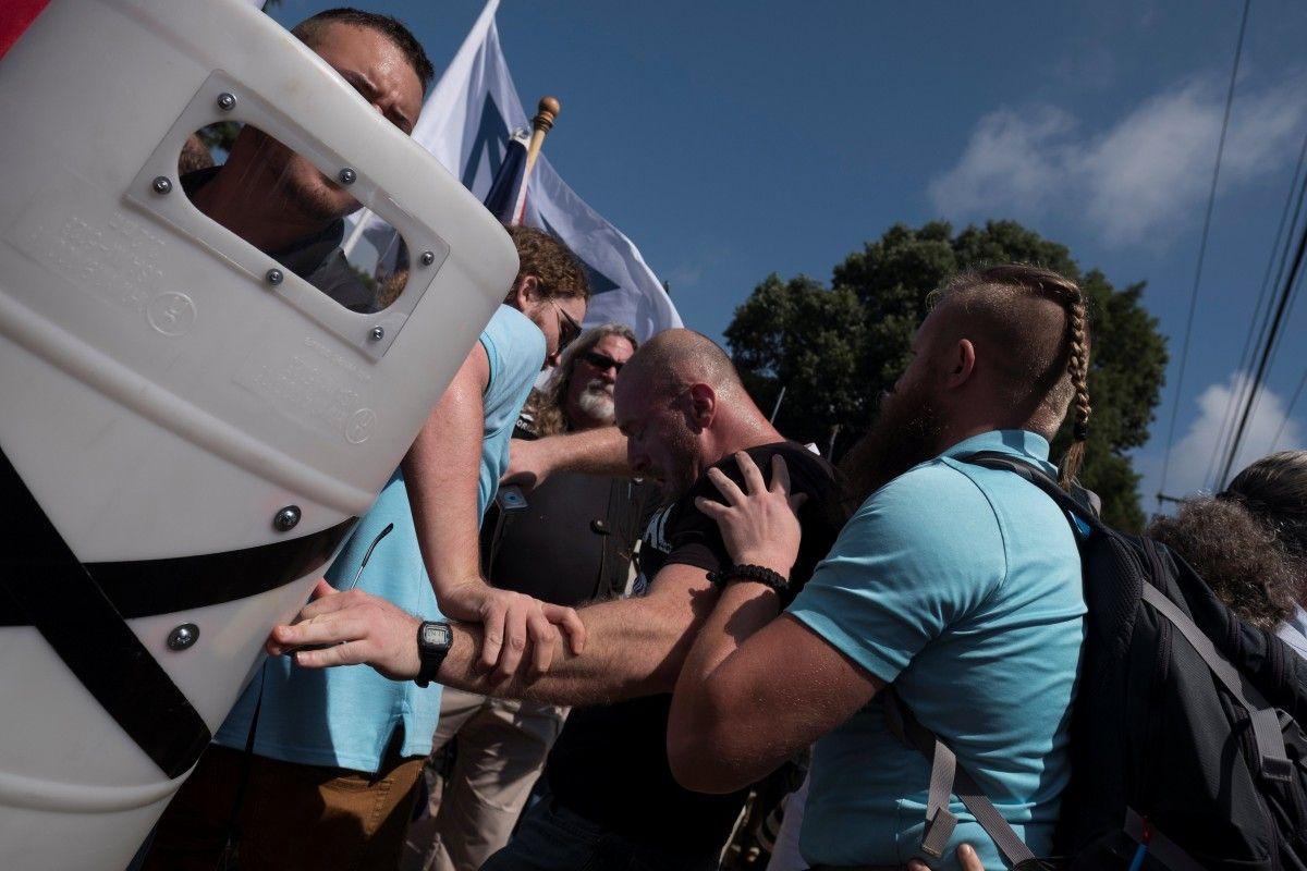 Протест в Вирджинии / REUTERS