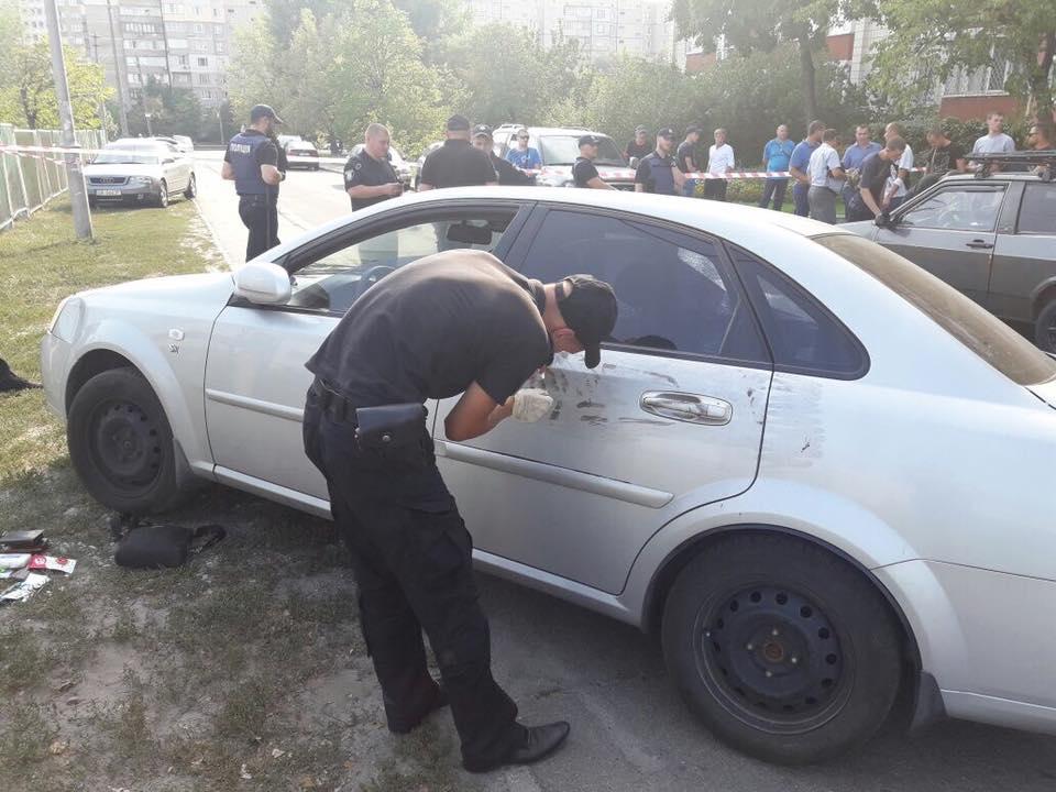 Фото с места, где произошла стрельба / фото Facebook Евгений Шевченко