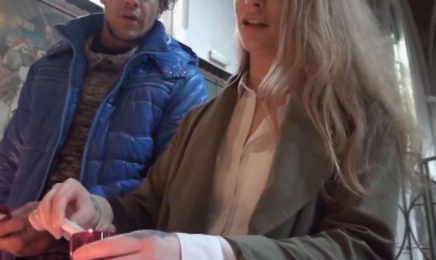Голландська прокуратура не визнала зйомку секс-відео в церкві злочином / Кадр з відео via mirror.co.uk