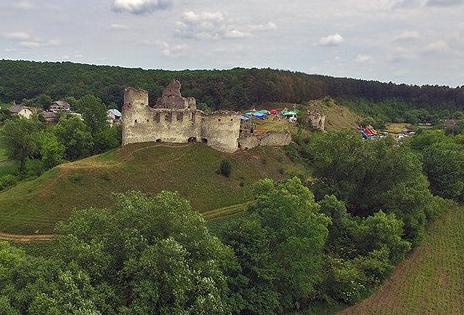 О 17.40 на території замку розпочнеться концерт / castles.com.ua