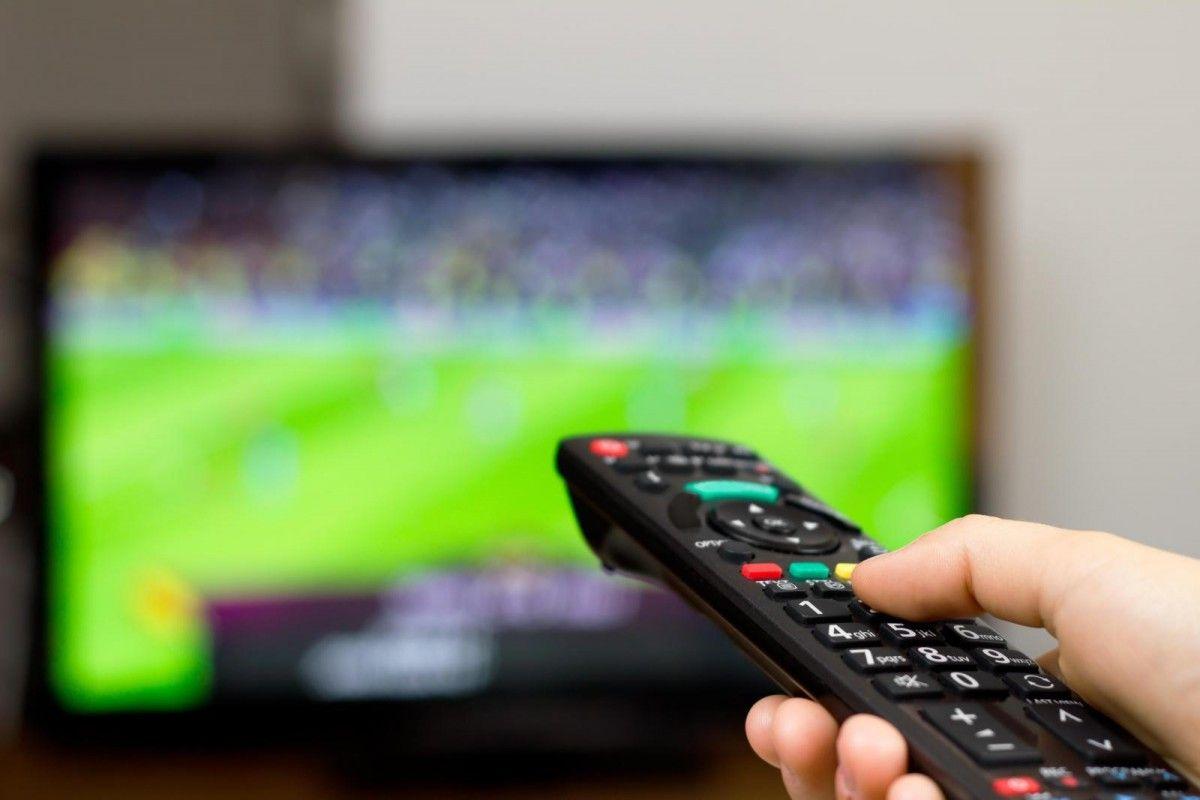 Матч сборной Украины покажут два канала украинского ТВ / hotology.ru