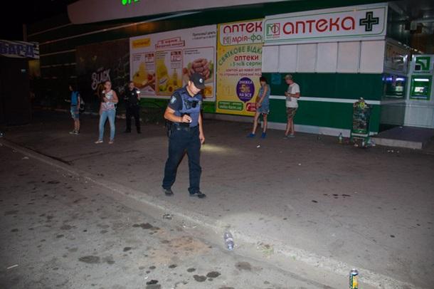 Невідомі стріляли гумовими кулями / informator.dp.ua