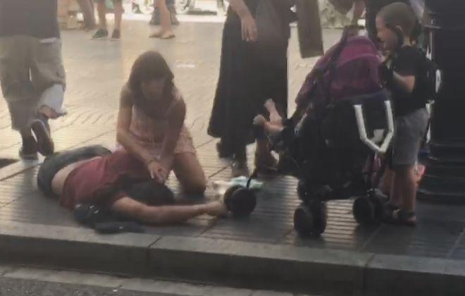 Постраждалі від наїзду машини на людей у Барселоні / Christopher Rodríguez