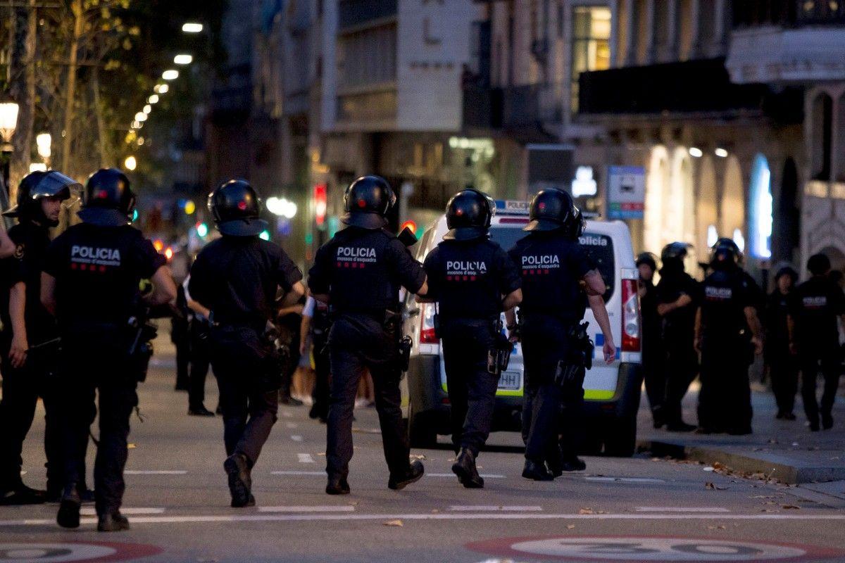 ЦРУ попереджало поліцію Каталонії про загрозу теракту у Барселоні за два  місяці. Про це повідомляє видання El Periodico. Видання пише d5ed3c6a00126