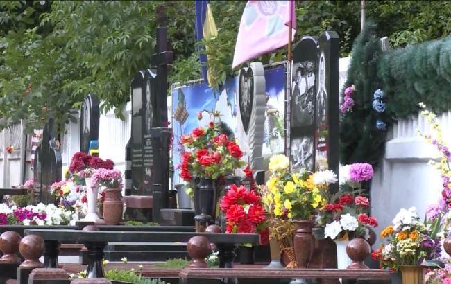 Воровку вычислили по камерам наблюдения / полиция Винницкой области