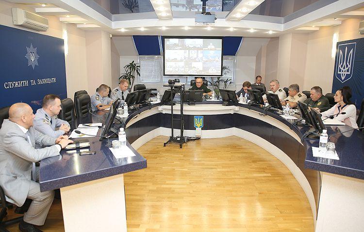 Національна поліція переведена напосилений варіант несення служби
