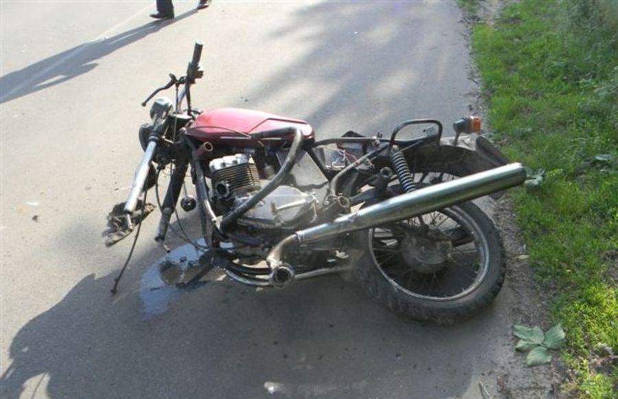 """Столкнулись мотоциклы """"Ява"""" и Viper / Иллюстрация: like.sumy.ua"""