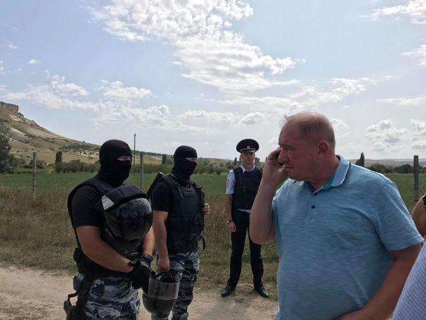 Российские силовики в Крыму / Рефат Чубаров/Facebook