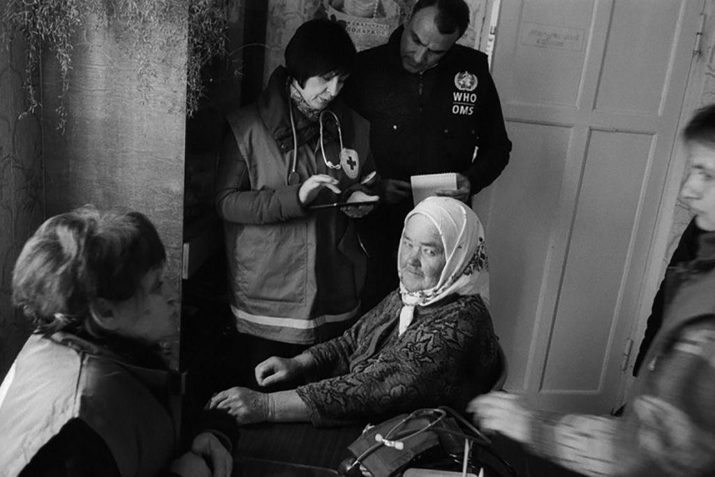 Миллионы жителей востока Украины лишены возможности обратиться к врачу / Фото ВОЗ