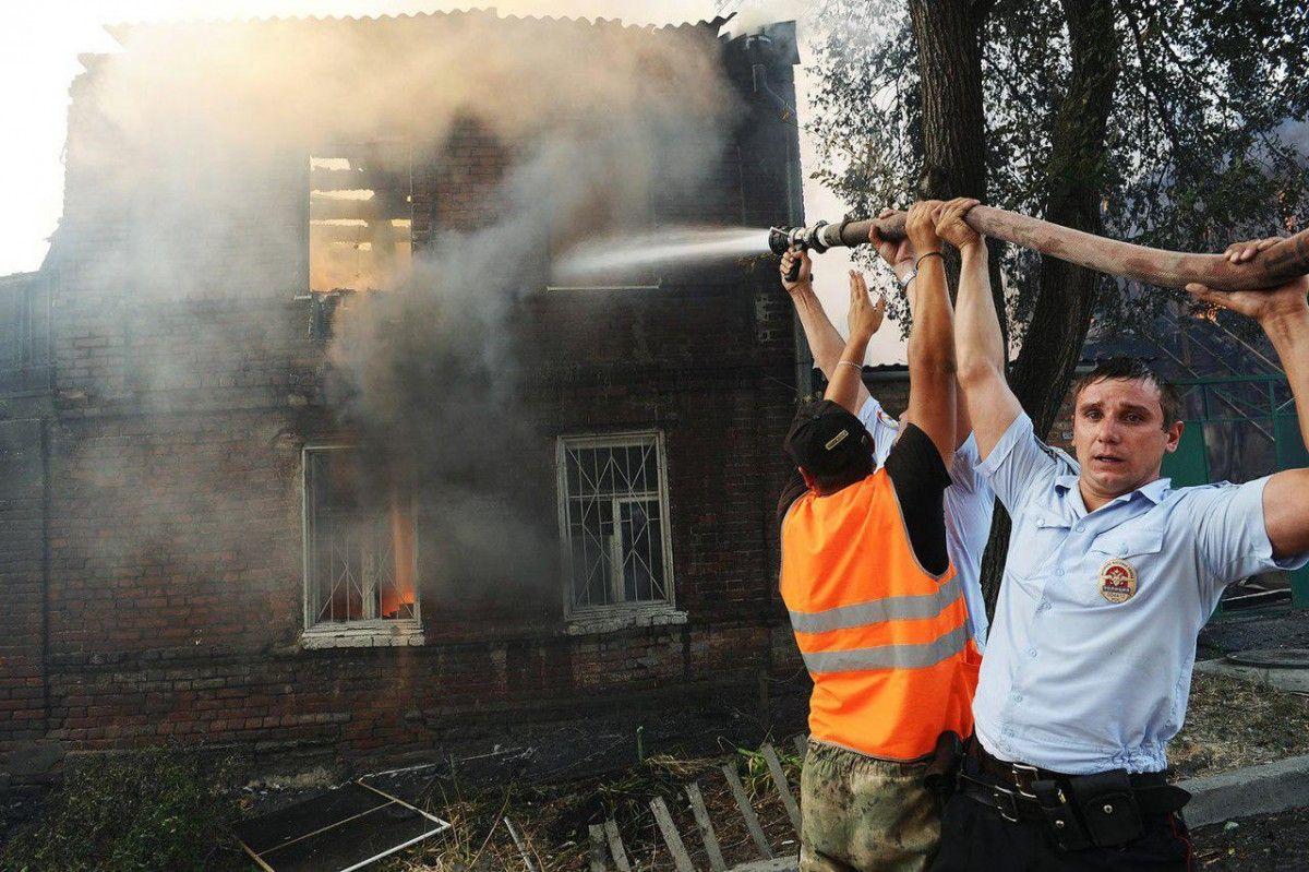 В зоне пожара работает 437 человек / varlamov.ru
