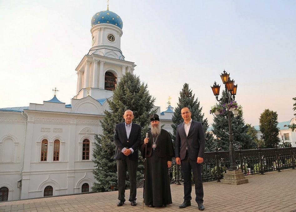 Фото: svlavra.church.ua