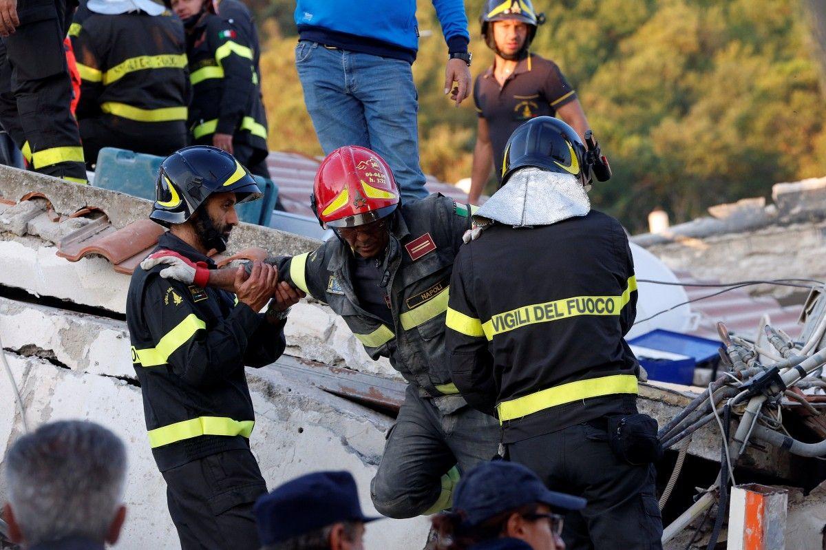 Землетрус на острові Іск'я / Reuters