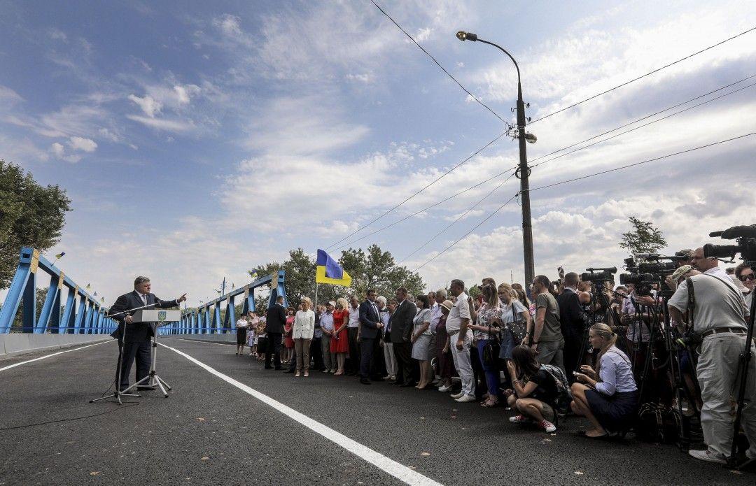 Порошенко рассказал о возможном вводе миротворцев на Донбасс