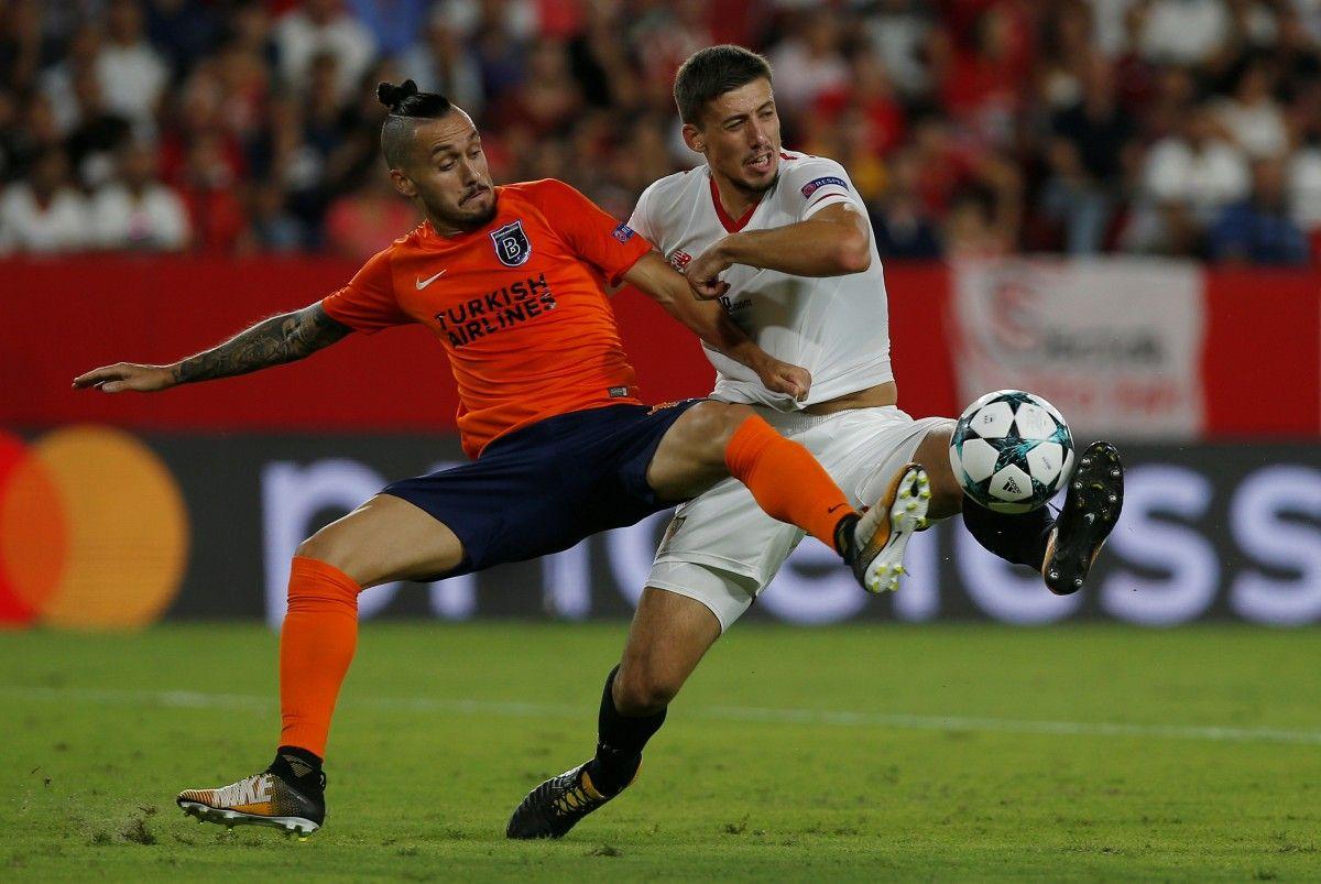 Севилья обыграла Истанбул по сумме двух матчей / Reuters