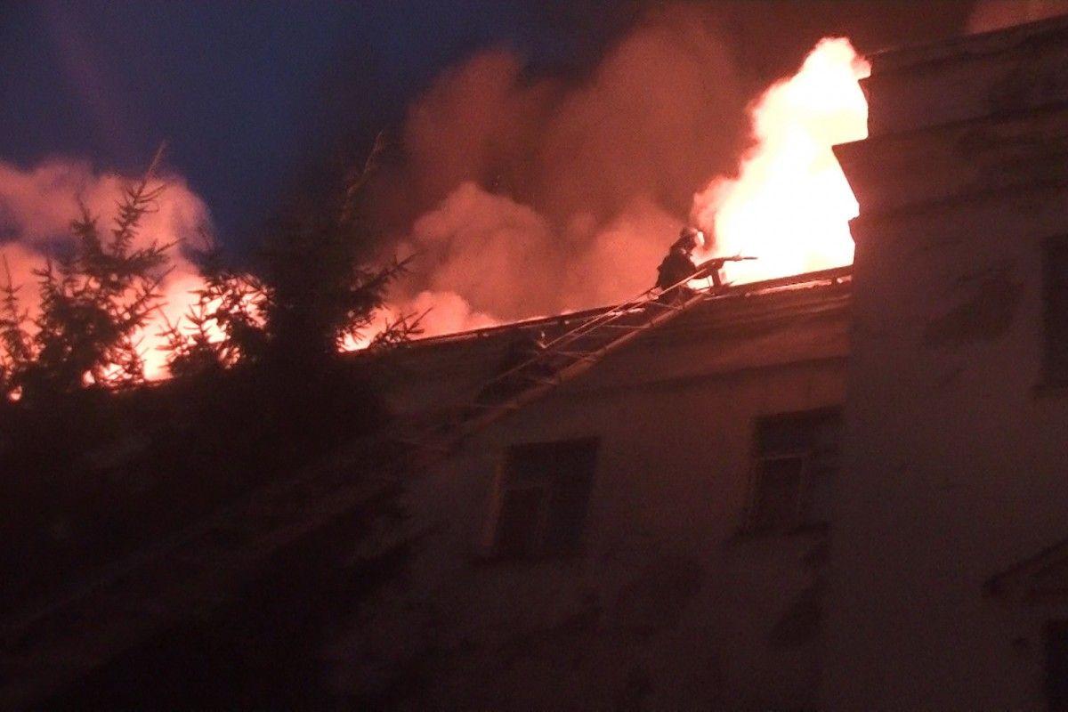 Пожар локализован в 23:33, ликвидирован – в 06:50 23 августа / фото kharkiv.dsns.gov.ua