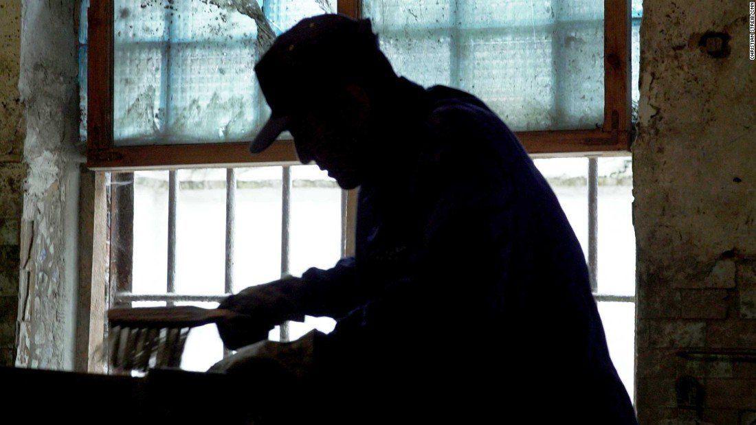 Задержанные сейчас отбывают наказание в житомирской тюрьме / фото twitter.com/cnni