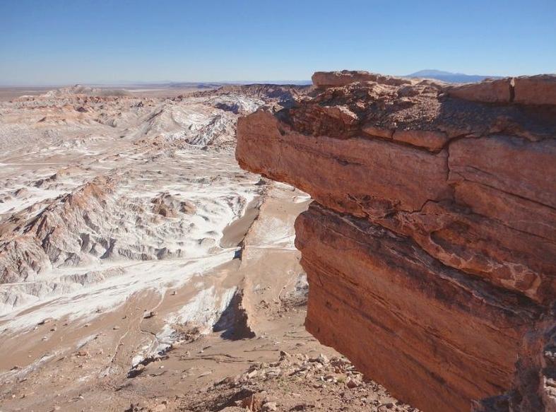 Пустеля Атакама вважається найбільш сухою пустелею Землі / twitter.com/saxxomann