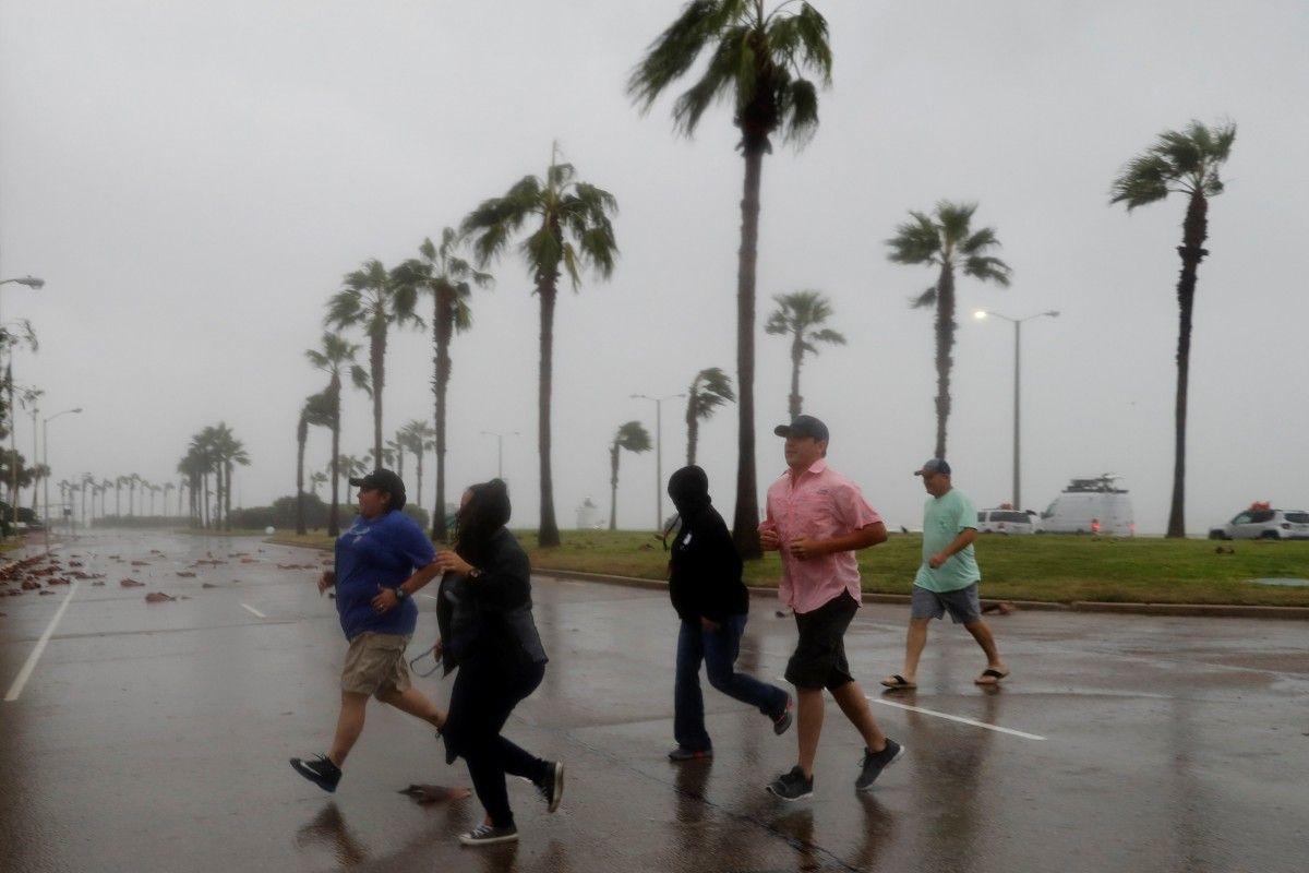 Ураган Харви обрушился на Техас