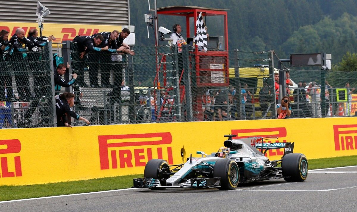 Британец Хэмилтон выиграл Гран-при Бельгии / Reuters