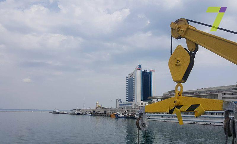 Учені рятуватимуть Чорне море від сміття