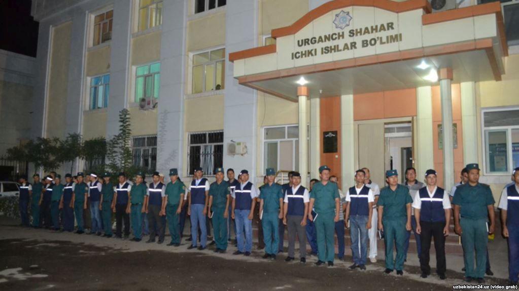 ВУзбекистане задержали практически 4 тыс. человек за«бесцельное гуляние» ночью