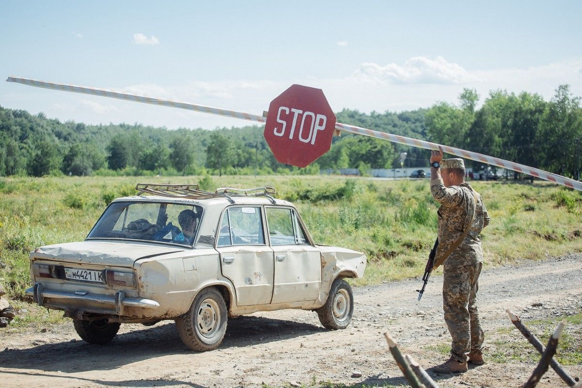 Путін вважає, що розмовляти про ситуацію на Донбасі потрібно тільки з Трампом / Міноборони України