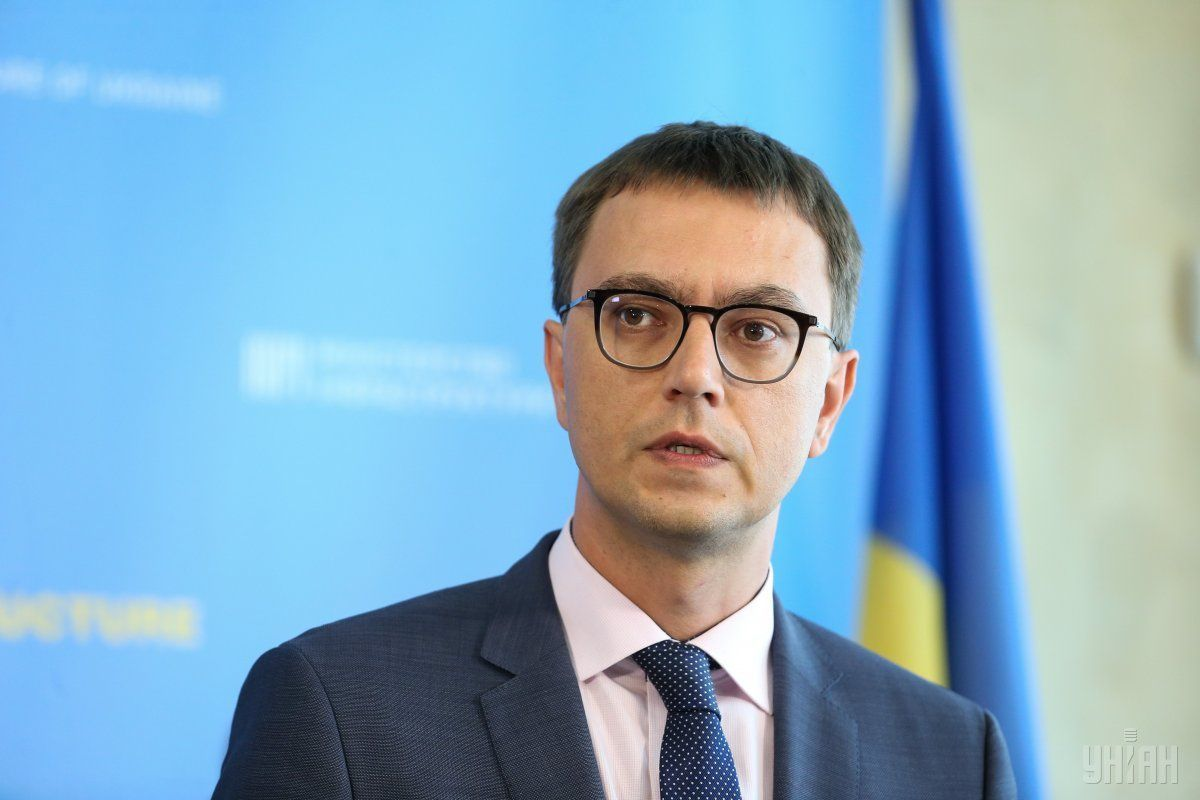 """Підозра міністру інфраструктури Омеляну є політично вмотивованою, - заява """"Народного фронту"""""""