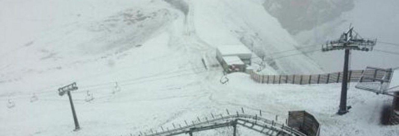 В Швейцарии после жары выпал снег (фото)