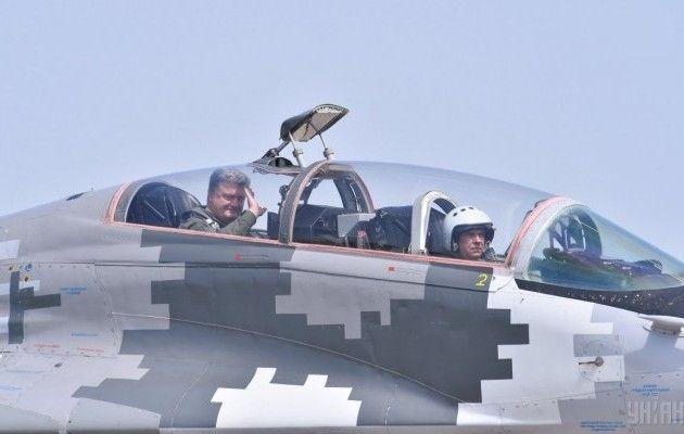 Набоєздатність Повітряних сил ЗСУ виділили понад 1 млрд гривень,— Порошенко