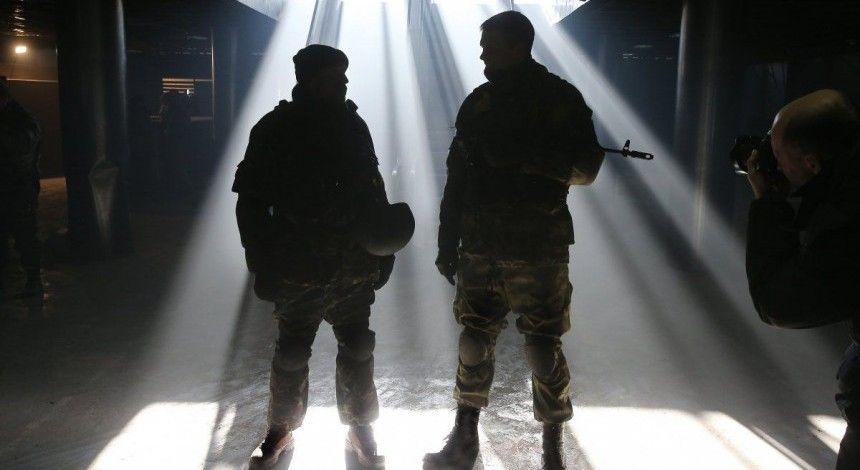 """В Днепре зажгли 242 свечи в память о героизме """"киборгов"""""""