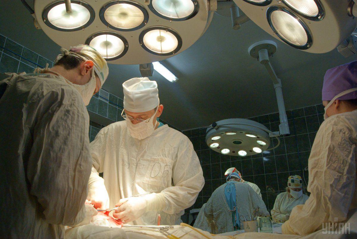 Первую пластическую операцию провел Джозеф Карпью / фото УНИАН