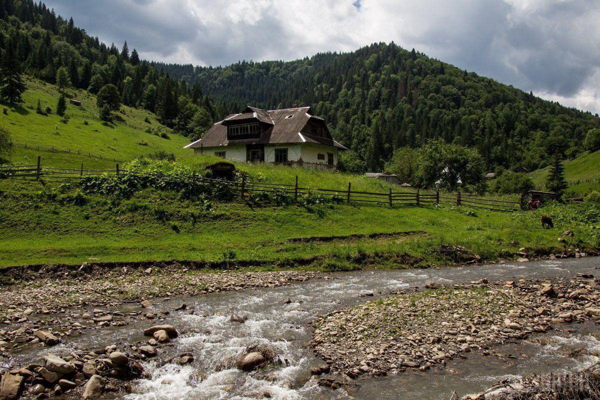 На Западной Украине прогнозируют подъем уровня воды в реках / фото УНИАН