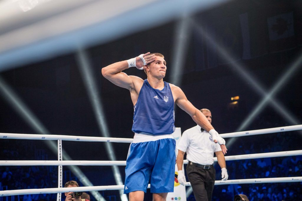 Украинец Александр Хижняк получил приз лучшему боксеру чемпионата мира / AIBA