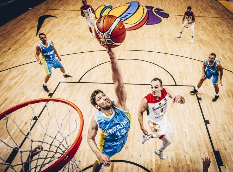 Кравцов восстановился от травмы и сыграет в матче со Словенией / fiba.com/eurobasket/2017