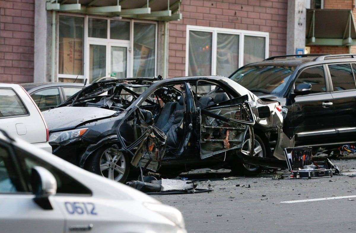 В результате взрыва авто на Бессарабке пострадала женщина / Владимир Гонтар, УНИАН