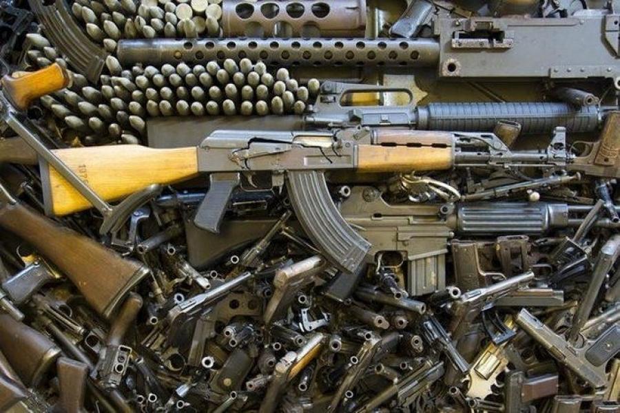 5 февраля вопрос продления эмбарго на оружие должны обсудить послы ЕС / фото znaj.ua
